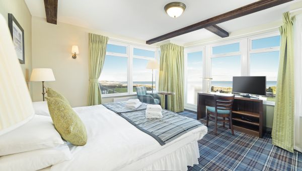 Premium sea view room